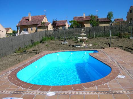 Piscinas los ruices materiales de construcci n for Materiales para construccion de piscinas